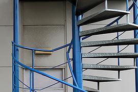 Escaliers, allées (passerelles)